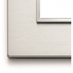 Ramka ozdobna 8(4+4)M brilliant aluminium VIMAR EIKON EVO