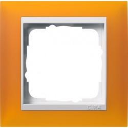 Ramka pojedyncza (do białych środków), Gira Event Opaque mat. bursztynowy